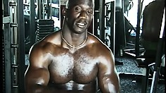 Ebony beefcake gets an offer he can't refuse at the gym and goes gay for pay