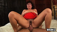 Big-tittied slut Alma likes taking loads of cum from good guy Ryan